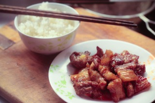 Vietnamese Quick Braised Pork Belly